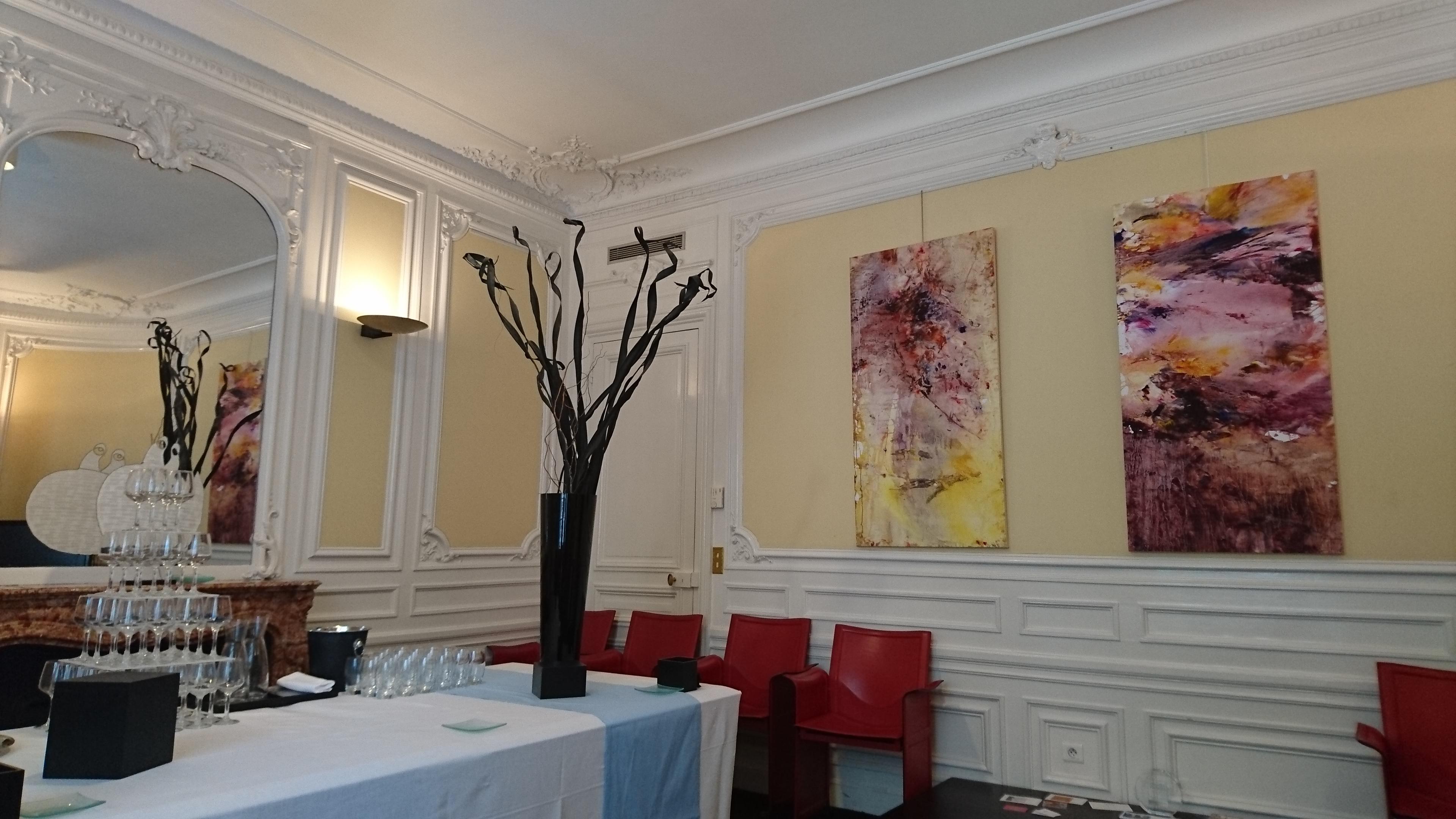 Yu Zhao, Exhibition in Barclays Bank, Paris, 2016