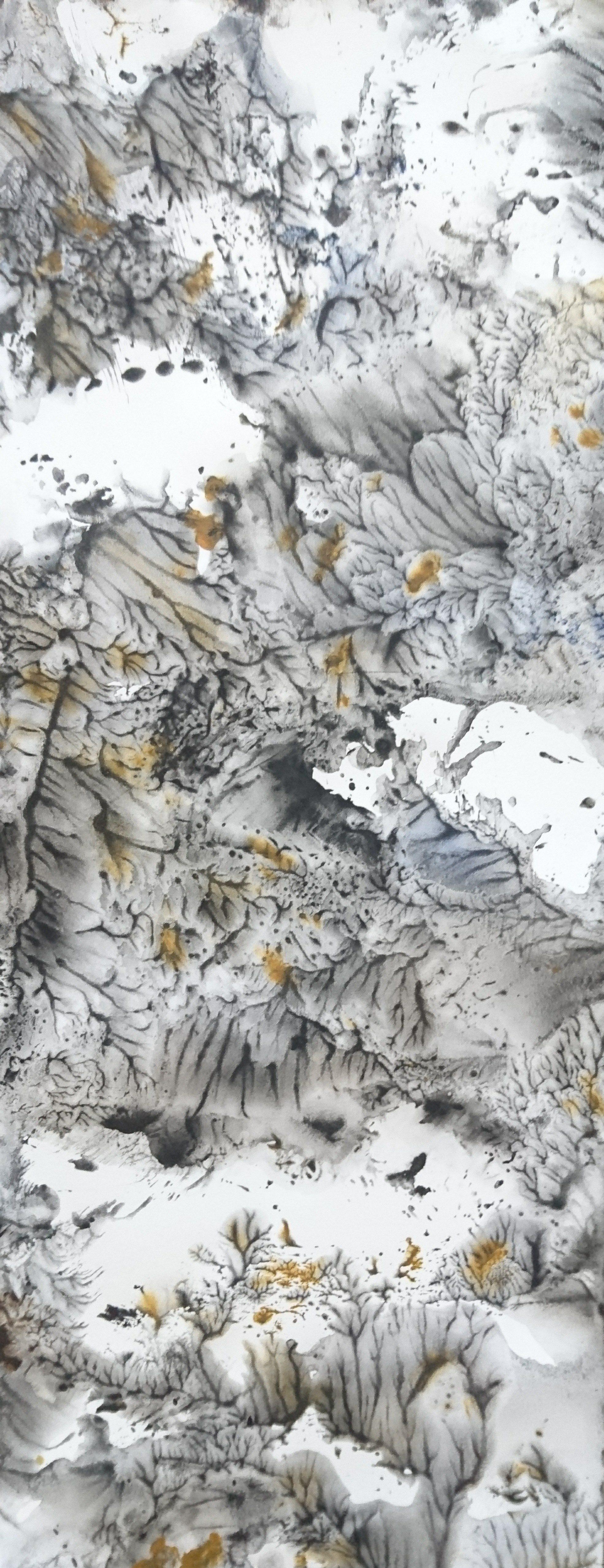 Yu Zhao, Montagne fleurie, tempera/paper/canvas, 65x25cm, 2019